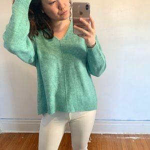 2️⃣ for $20 !!!! NWT H&M Sweater
